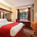 Photo de Microtel Inn & Suites by Wyndham Raleigh