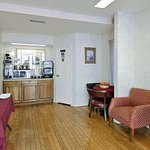 Americas Best Value Inn - Downtown / Midtown
