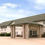 Super 8 Le Claire Quad City