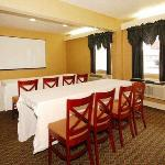 Quality Inn & Suites Covington resmi