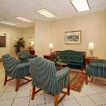 Φωτογραφία: Quality Inn & Suites Conf Center