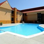 Clarion Inn &amp; Suites