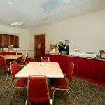 Quality Inn & Suites Burnham Foto