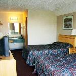  Airport Budget Motel Plainsfield INBed