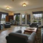 Photo of Red Lion Inn & Suites McMinnville