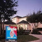 Foto van Studio 6 Houston - Westchase