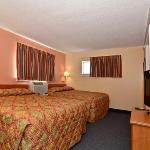 Photo de Suburban Extended Stay Bartlett