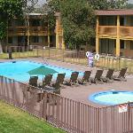 Hotel Claremont Seasonal Outdoor Pool