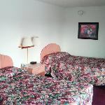 Midland Motor Inn Midland MIBeds