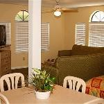 Home-Towne Suites Kingsland Foto