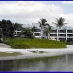 Photo of Mariner Boathouse Beach Resort
