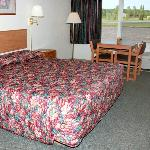 Benson Inn Benson MNKing Bed