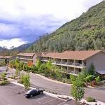 Photo of Yosemite View Lodge