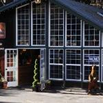Mount Shasta Hotel & Lodge