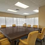 Rideau Meeting Room