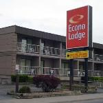Photo de Econo Lodge By the Falls
