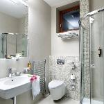 Standard Single Room Bathroom