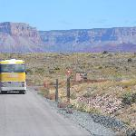  uno dei bus che ti guida dentro il grand Canyon