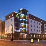 ‪Holiday Inn Express Stevenage‬