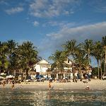 The Beach House Boracay resmi