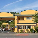 Photo of Americas Best Value Inn Chico