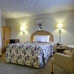 Americas Best Value Inn Hotel Visalia resmi
