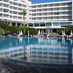 Photo de Grecian Bay Hotel