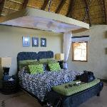 Lukimbi Safari Lodge