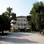 Rechigi Park Hotel