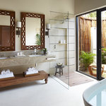 Ocean Front Villa Bathroom
