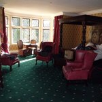  Elinor Gwyn Room