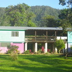 Hummingbird Guest Lodge & Hostel
