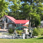 Red Rooster Inn B&B