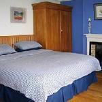  Super kingsize double bedroom