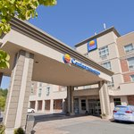 Comfort Inn &amp; Suites Surrey