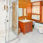 Ensuite with AC & stean Premium Room