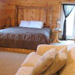 ‪Pine Cove Guest Rooms‬