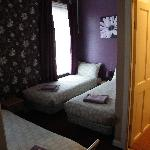  family room sleeps 5 en-suite double bed in seperate area