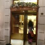 Photo de Eurostars Claridge Hotel