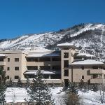 Canyon Creek Condominiums