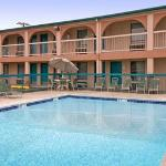 Photo de Yale Inn & Suites