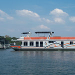 Floating accomodations on the Tennessee River