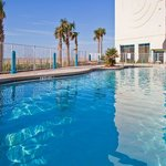 ‪Holiday Inn Express Pensacola Beach‬