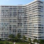 South Seas Towers Condominiums Foto