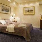 Piraeus Dream City Hotel