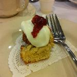  scone sampling during the tour- cream and jam with a delectable scone, mmm!