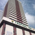 Tropical Inn J