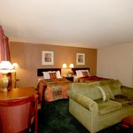 Country Hearth Inn &amp; Suites Atlanta / Marietta and Banquet Hall