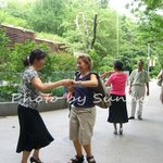 SunnyFlower Services(Shanghai Private Tour Guide/Interpreter/Shopping Guru /PA)