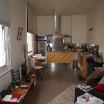 TWOFOURTWO Boutique Apartments照片